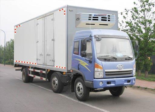 解放小三轴GF5170XL冷藏车